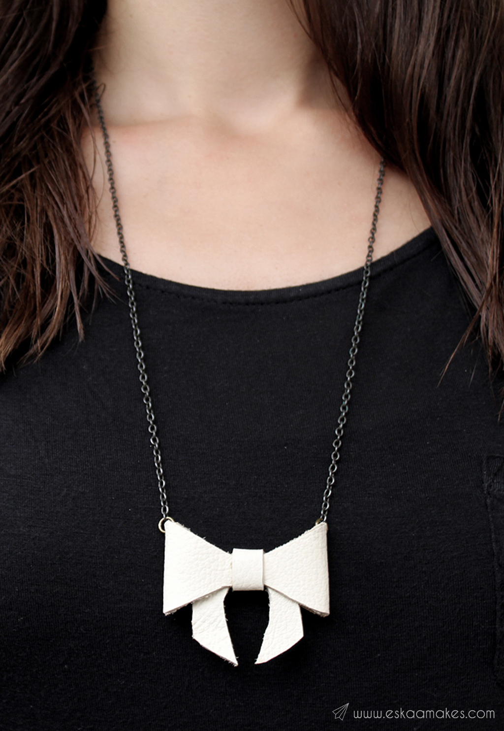 DIY last minute gift ideas bow necklace