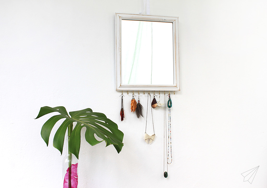 jewellery display mirror side2