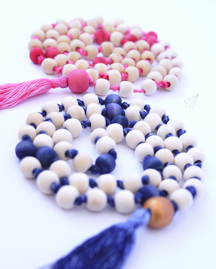 wooden bead tassel necklace 3