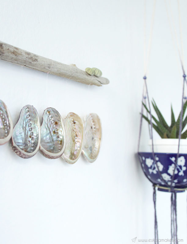 diy shell driftwood wallhanging 8