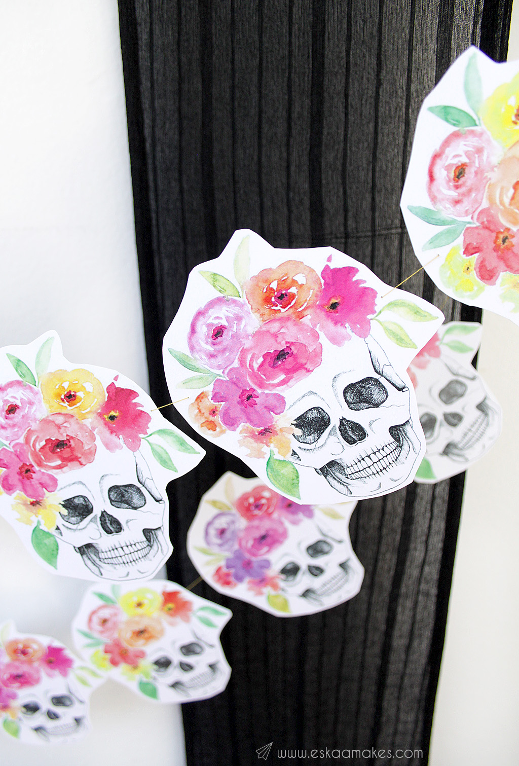 diy-flower-crown-skull-garland-4