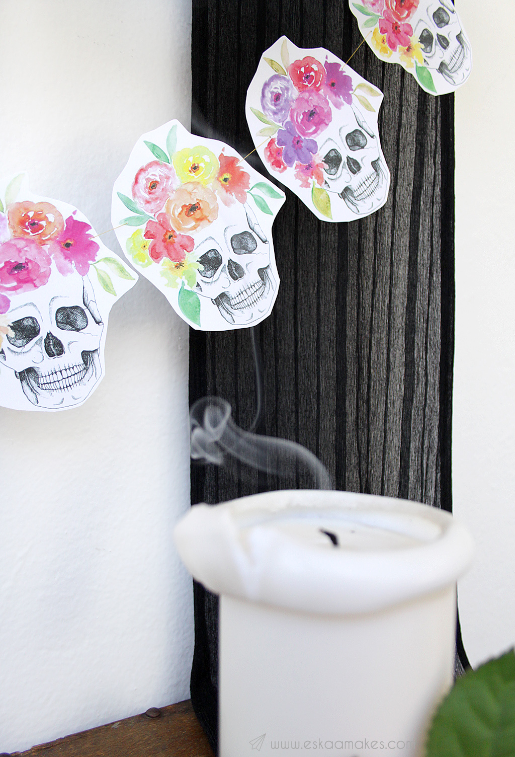 diy-flower-crown-skull-garland-6